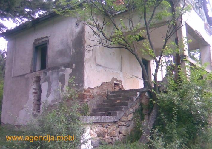 Vikendica (ruinirana) 50m2 Sokobanja